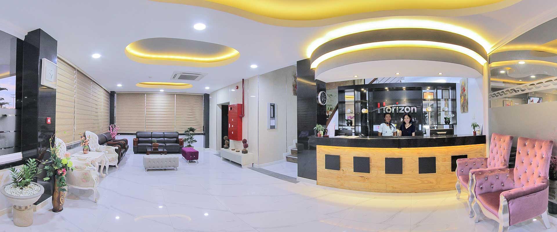 Horizon Hotel Subic Bay Lobby